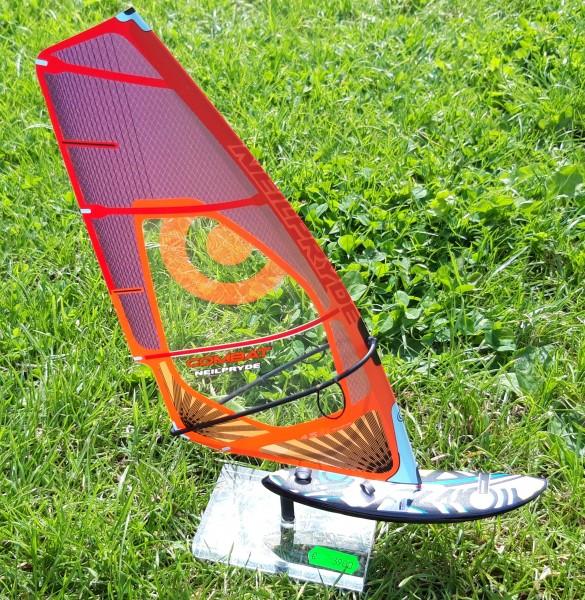Modell-Surfer Neilpryde-RRD